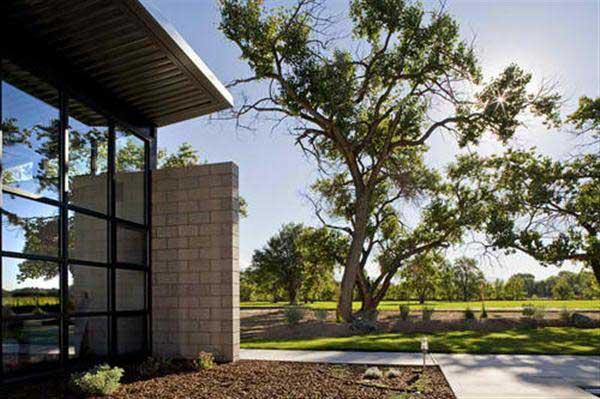 Contemporary Glass House Design