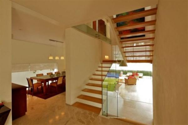 Contemporary Home Dining Room