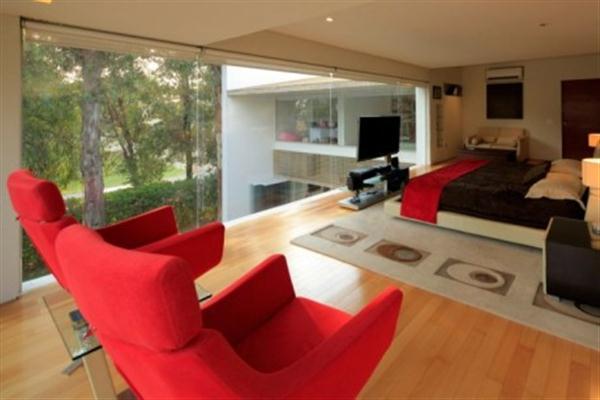 Contemporary Home Interior Decorating