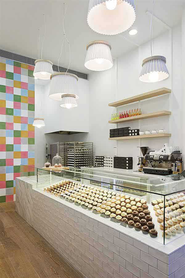 cotemporary cupcake shop interior design and decorating