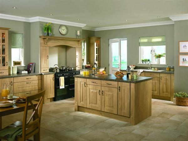 Green colour kitchen design and decorating ideas for Oak kitchen ideas designs