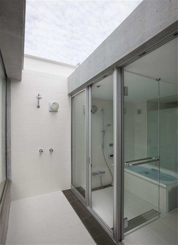 Minimalist Home Design Bathroom