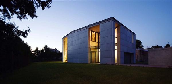 Modern Concrete Prefab Home