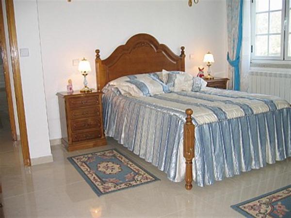 Modern Country Villa Apartment Bedroom