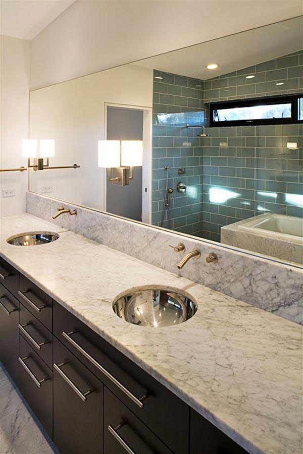 Modern Glass House Design Bathroom