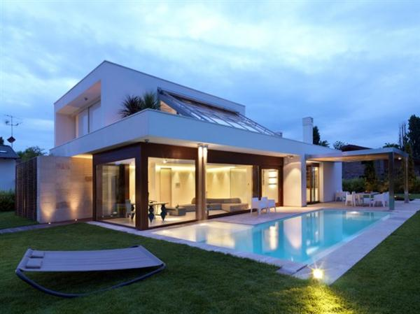 Modern Luxury House