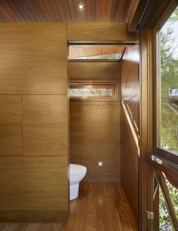 Tree House Design Toilet