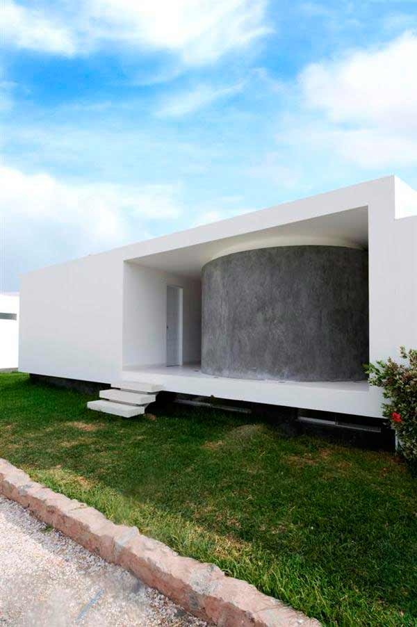 Fabulous Modern Contemporary Red And White Of Palabritas Beach House By Jose Orrego Architects Ultra Facade