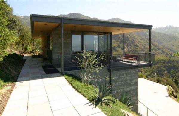 modern hill home design